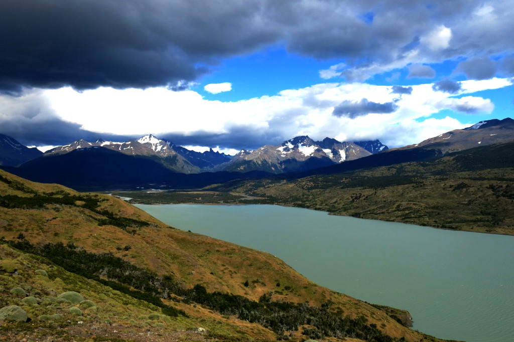 Hiking torres del paine 2