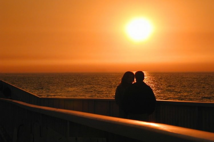 romantic sunset at seashore - photo #8